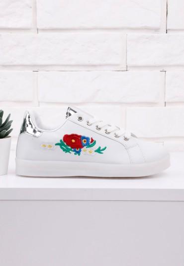 Buty sportowe białe 2 Jones
