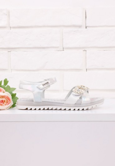 Sandałki białe 3 Avery